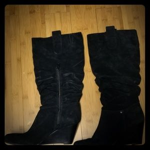 Arturo Chiang Black Suede slouch wedge boots 7